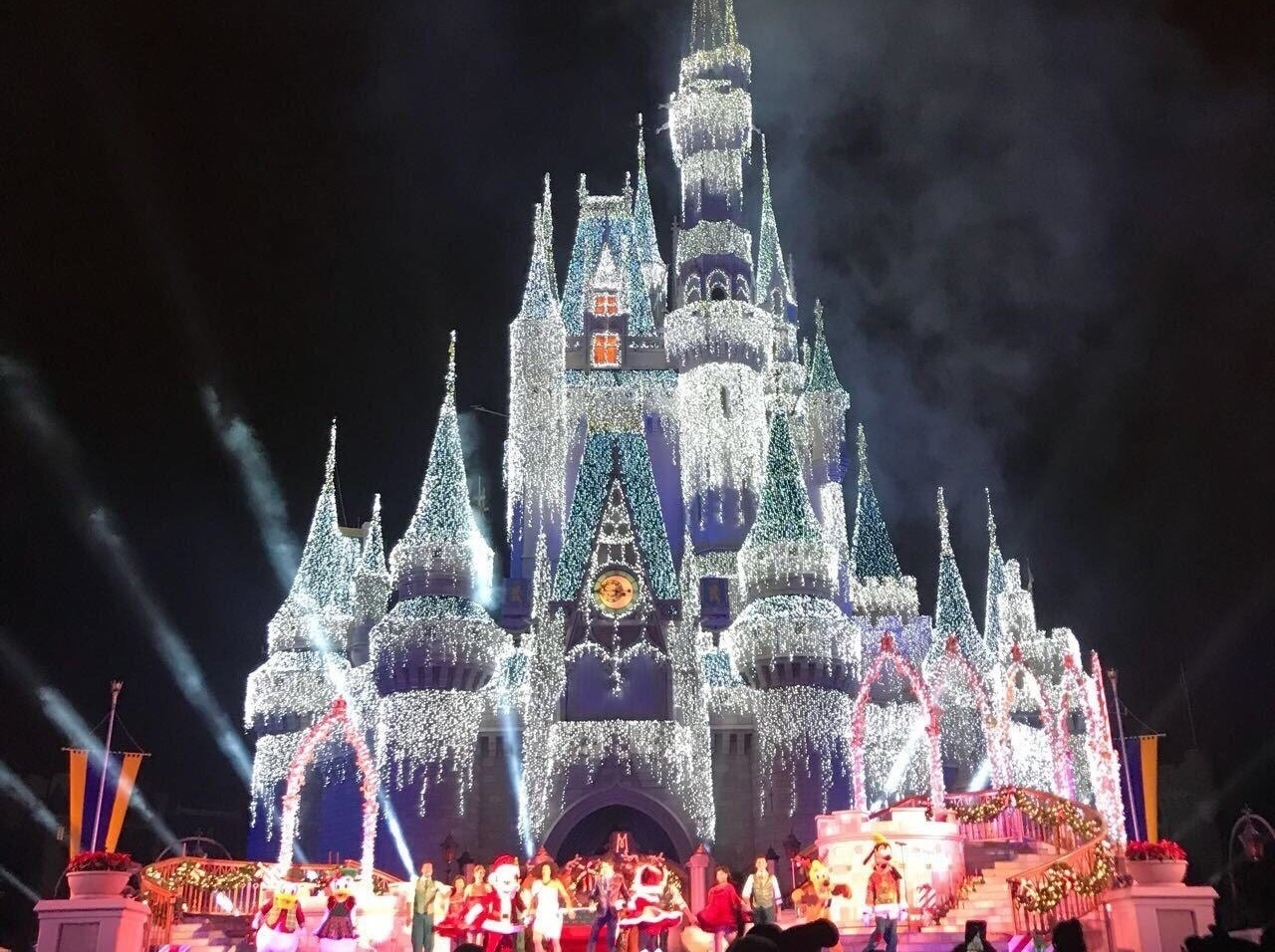 Mickey's Very Merry Christmas Party – A Festa de Natal Mágica da Disney
